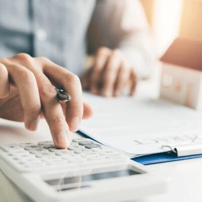 Man calculates cost of taxes on Frisco, Texas home